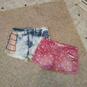 Mossimo Star Cut Off Shorts!!